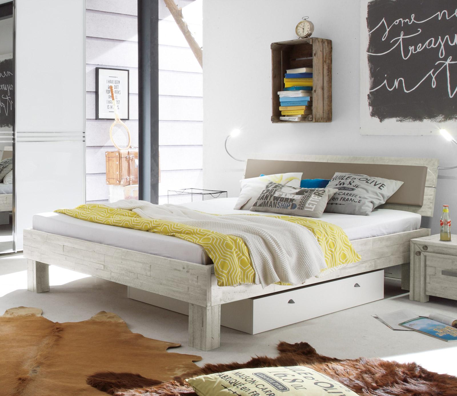 bett industrial bett industrial mood pfister betten. Black Bedroom Furniture Sets. Home Design Ideas