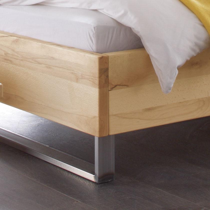Bett Stahl doppelbett in wildbuche mit kufen aus hocherhitztem stahl - dondo