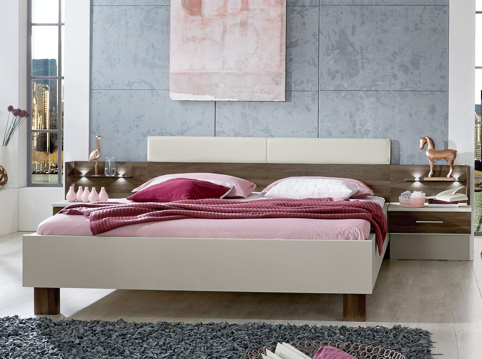 Günstiges Designerbett inklusive 2 Schubladen-Nachttische - Moa