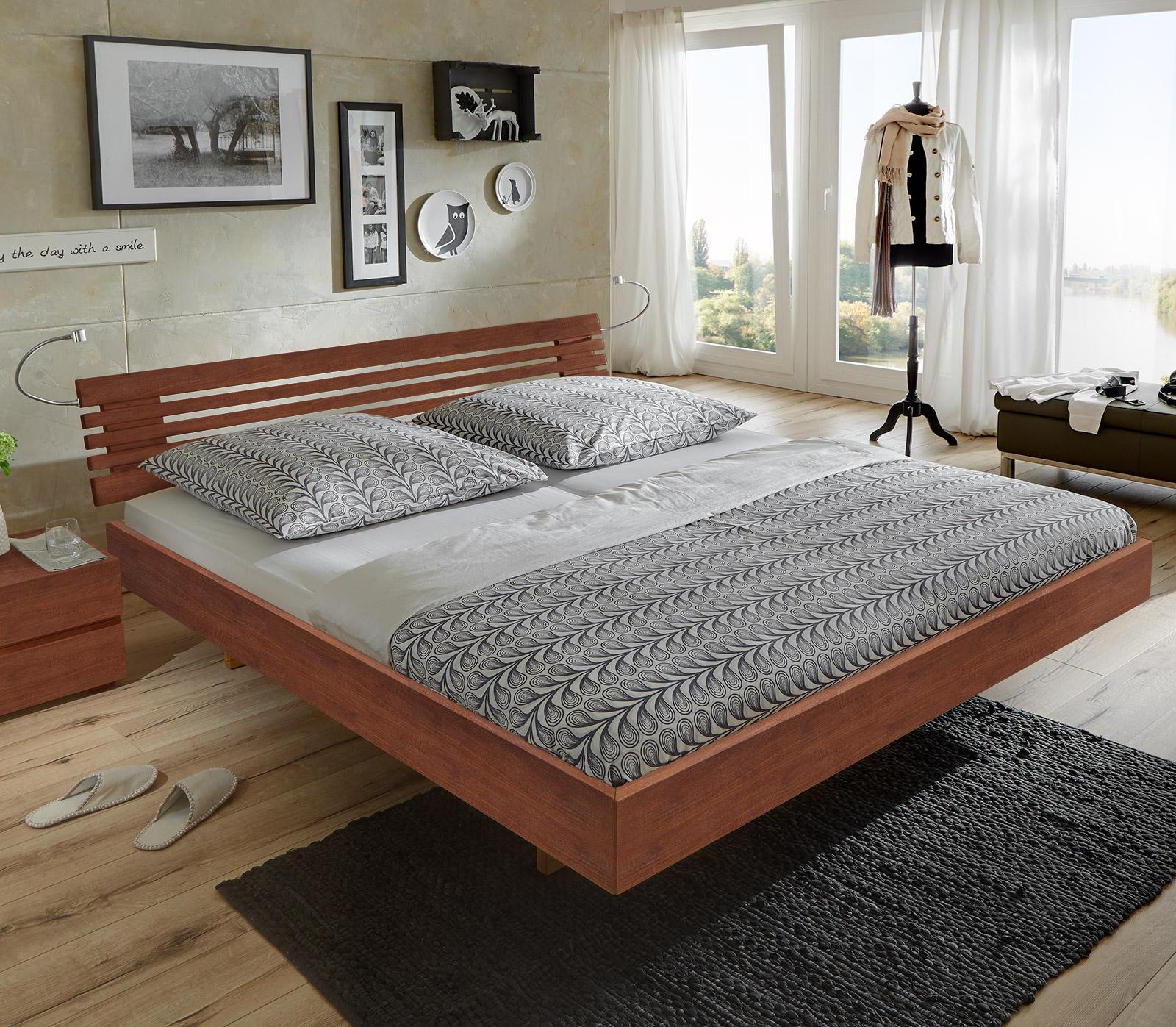 Schweberahmenbett aus massiver buche roma - Schlafzimmer roma ...