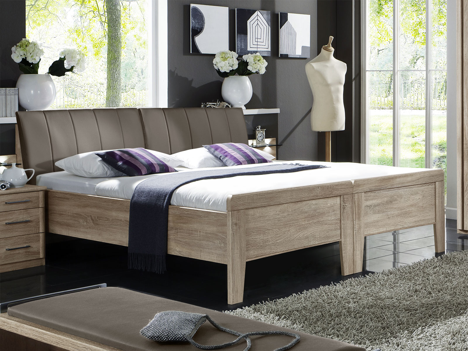 designerbett in eiche dekor mit leder kopfteil runcorn. Black Bedroom Furniture Sets. Home Design Ideas