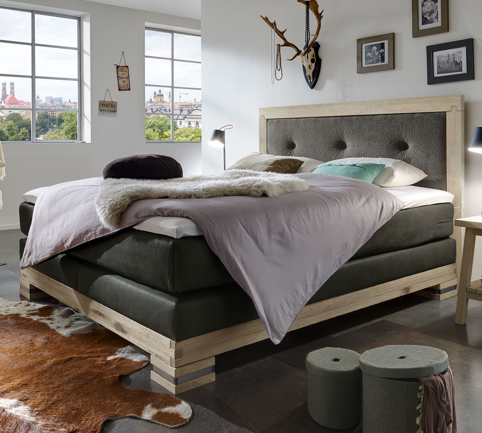 boxspringbett aus massivholz im landhausstil cesarino. Black Bedroom Furniture Sets. Home Design Ideas