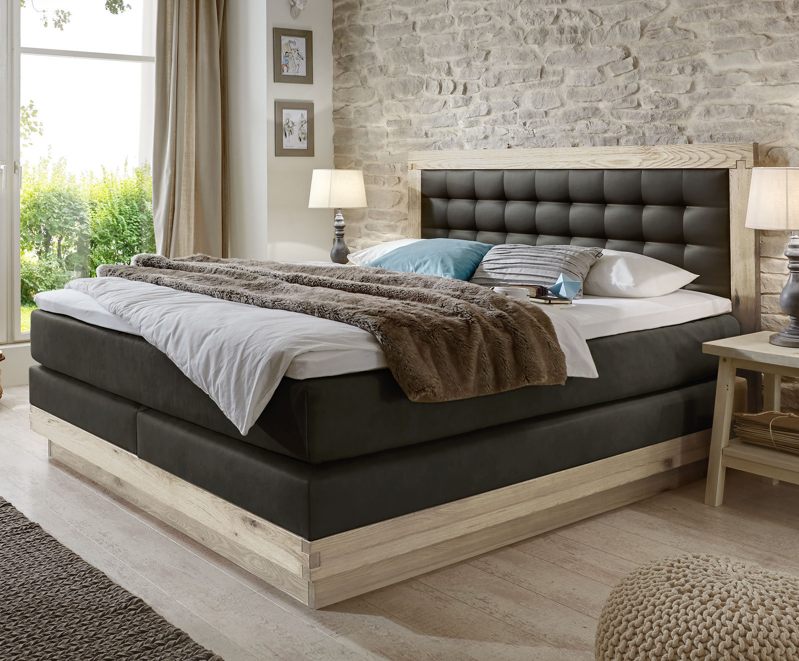 boxspringbett aus massiver wildeiche kunstleder galicia. Black Bedroom Furniture Sets. Home Design Ideas