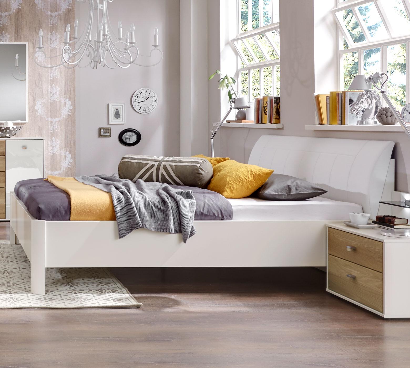 Edles Komplett-Schlafzimmer in Weiß und Eiche massiv - Koga