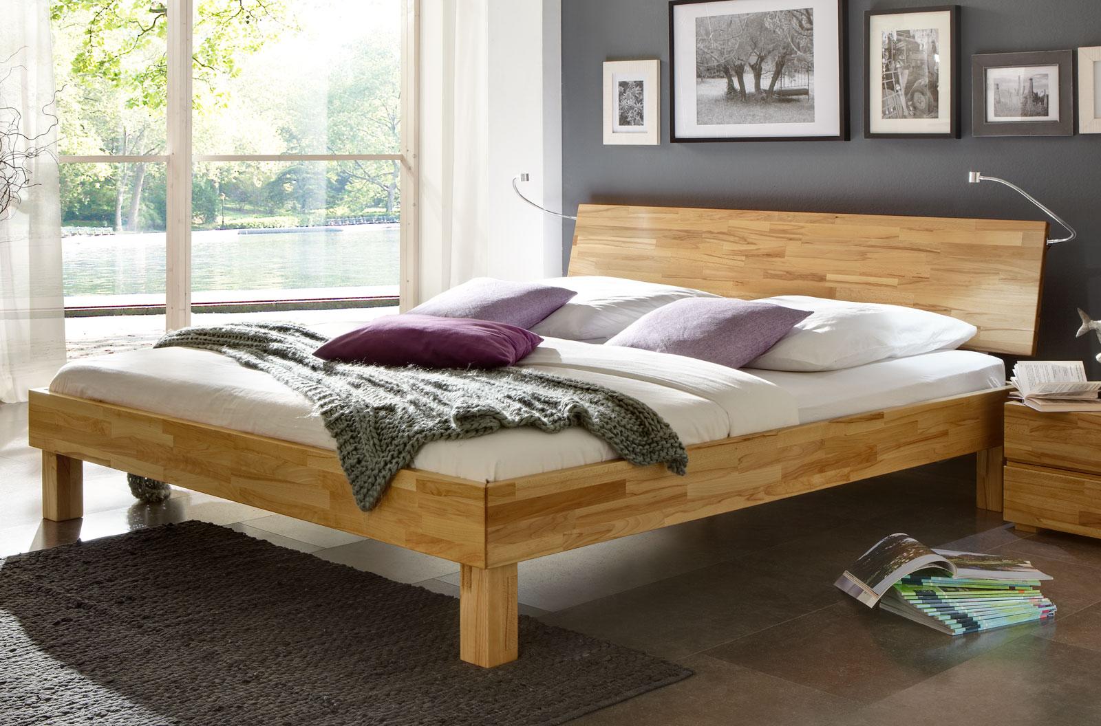 sch nes bett riga aus massivem buchenholz in bettbreite 180. Black Bedroom Furniture Sets. Home Design Ideas