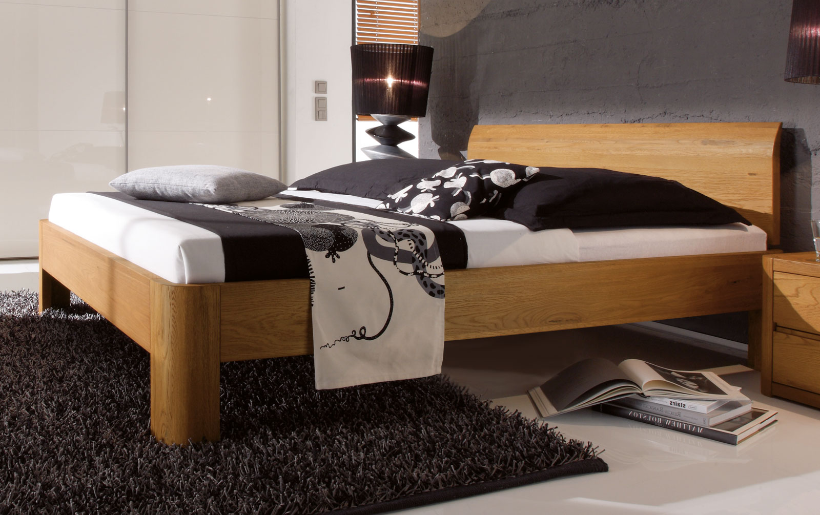 Bett in z.B. 120x200 cm Größe aus Massivholz - Santa Clara