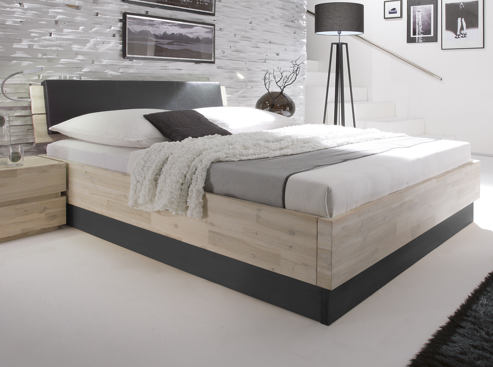 bett holz wei lackiert verschiedene. Black Bedroom Furniture Sets. Home Design Ideas