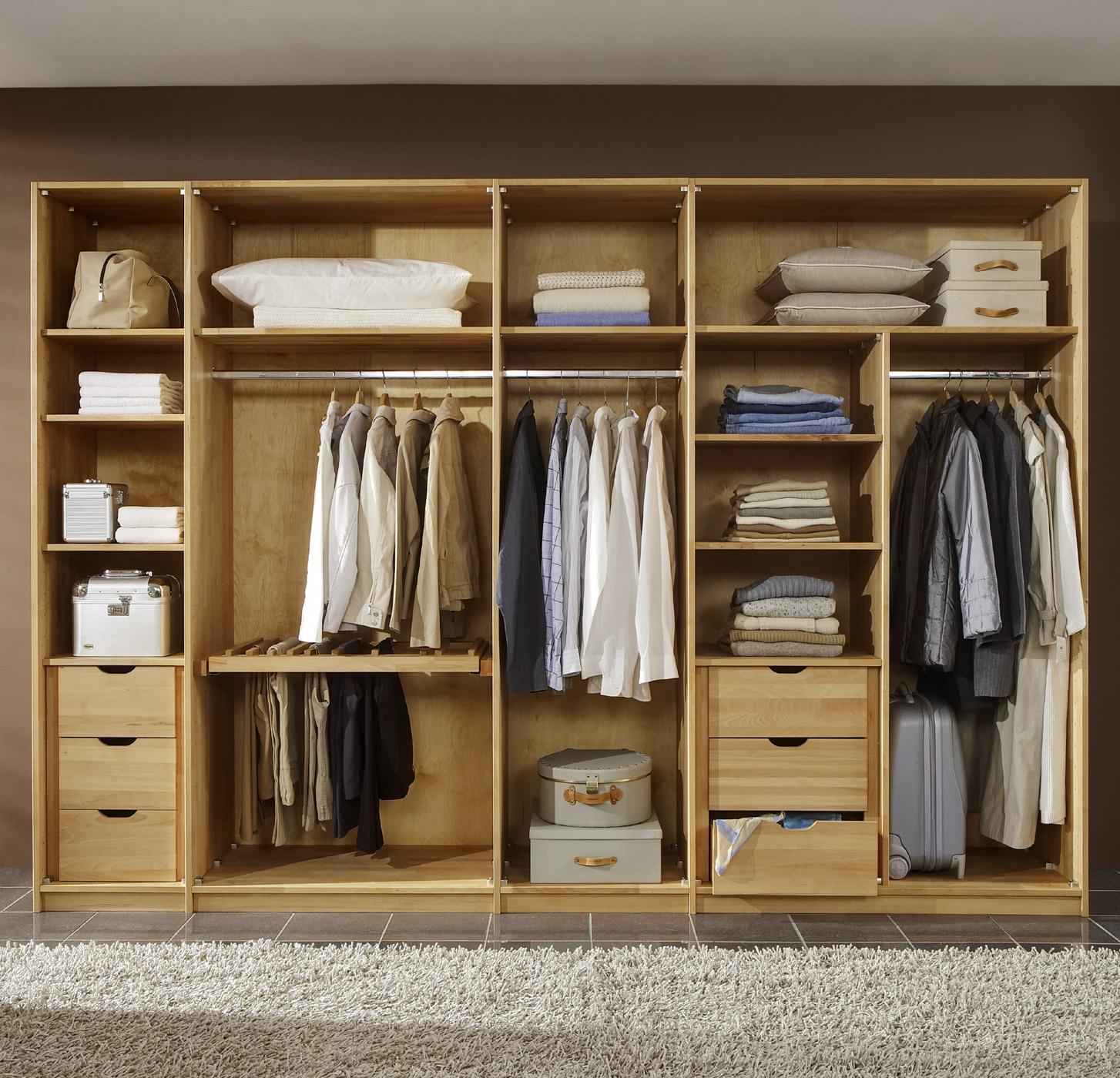 Dreht ren kleiderschrank z b in kernbuche ge lt andalucia for Designer schlafzimmerschrank