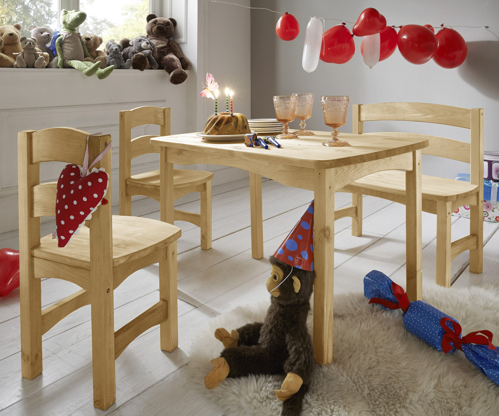 sitzgruppe f r kinder mit tisch bank und st hlen kids. Black Bedroom Furniture Sets. Home Design Ideas