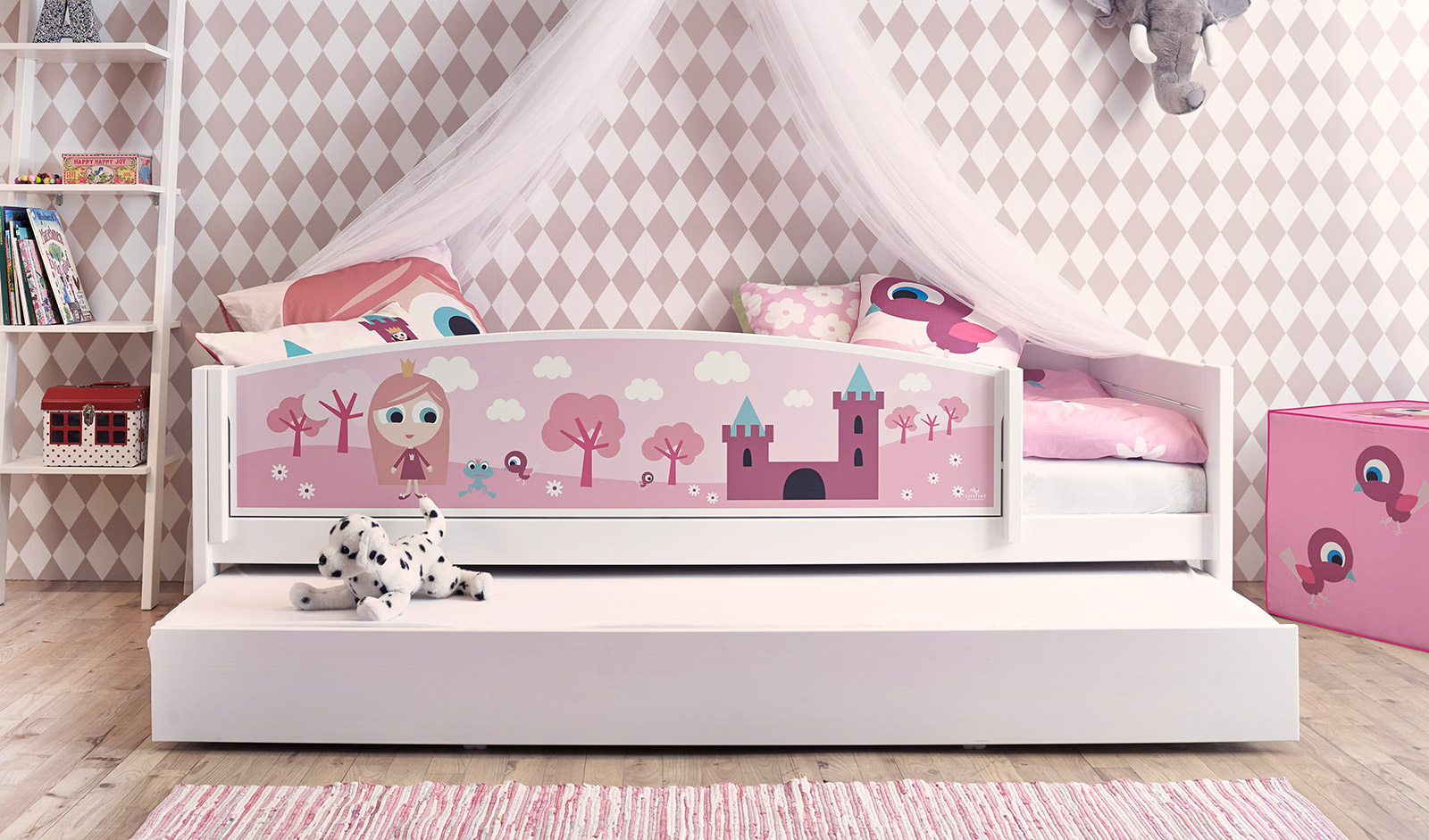 kinderzimmer ideen f r m dchen prinzessin. Black Bedroom Furniture Sets. Home Design Ideas