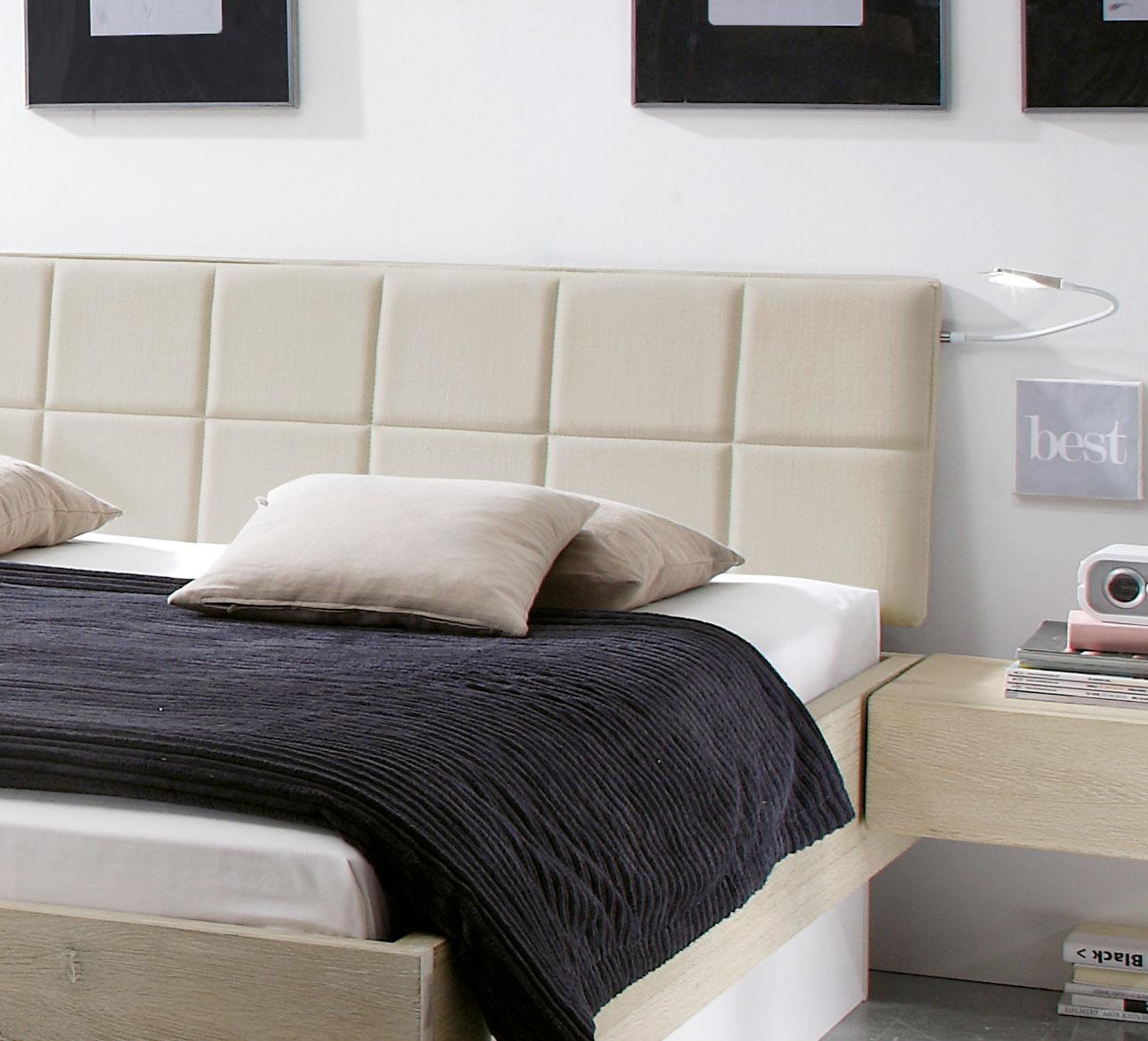 Bett Mit Gepolstertem Kopfteil stauraumbett massivholz mit bettkasten und lattenrost boneda