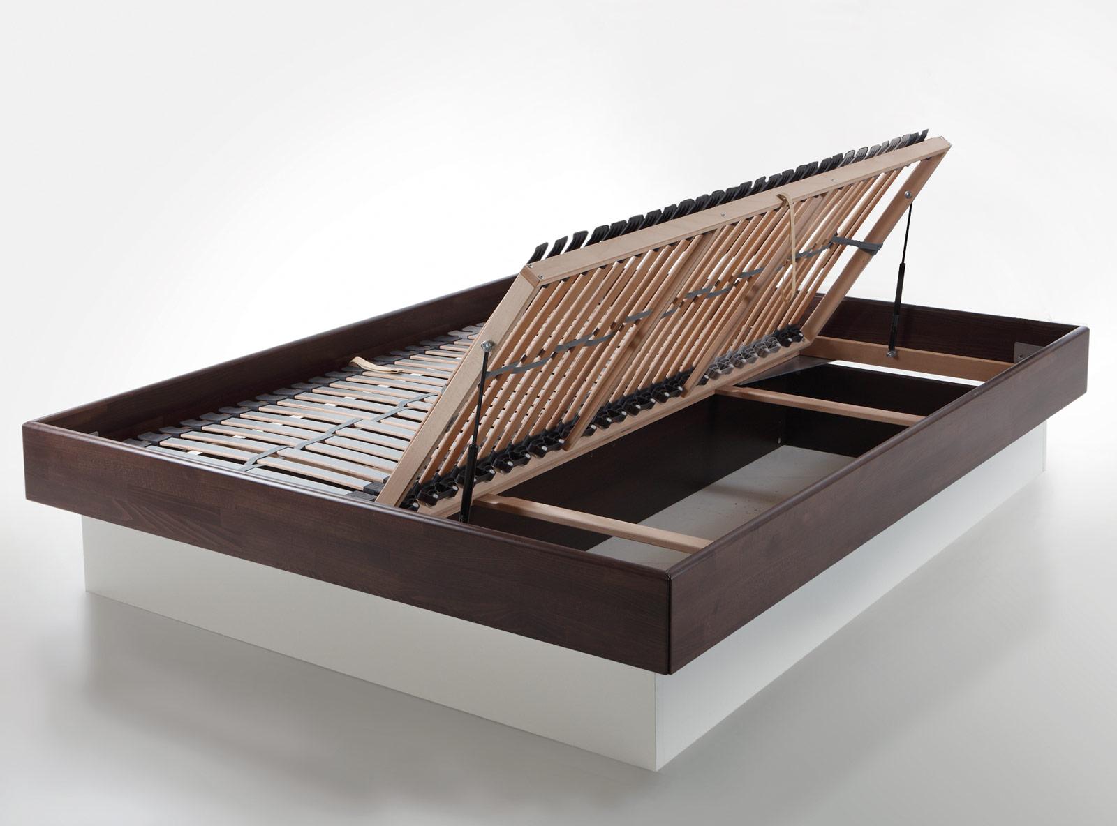sockelbett aus kernesche mit optionalem bettkasten partido. Black Bedroom Furniture Sets. Home Design Ideas