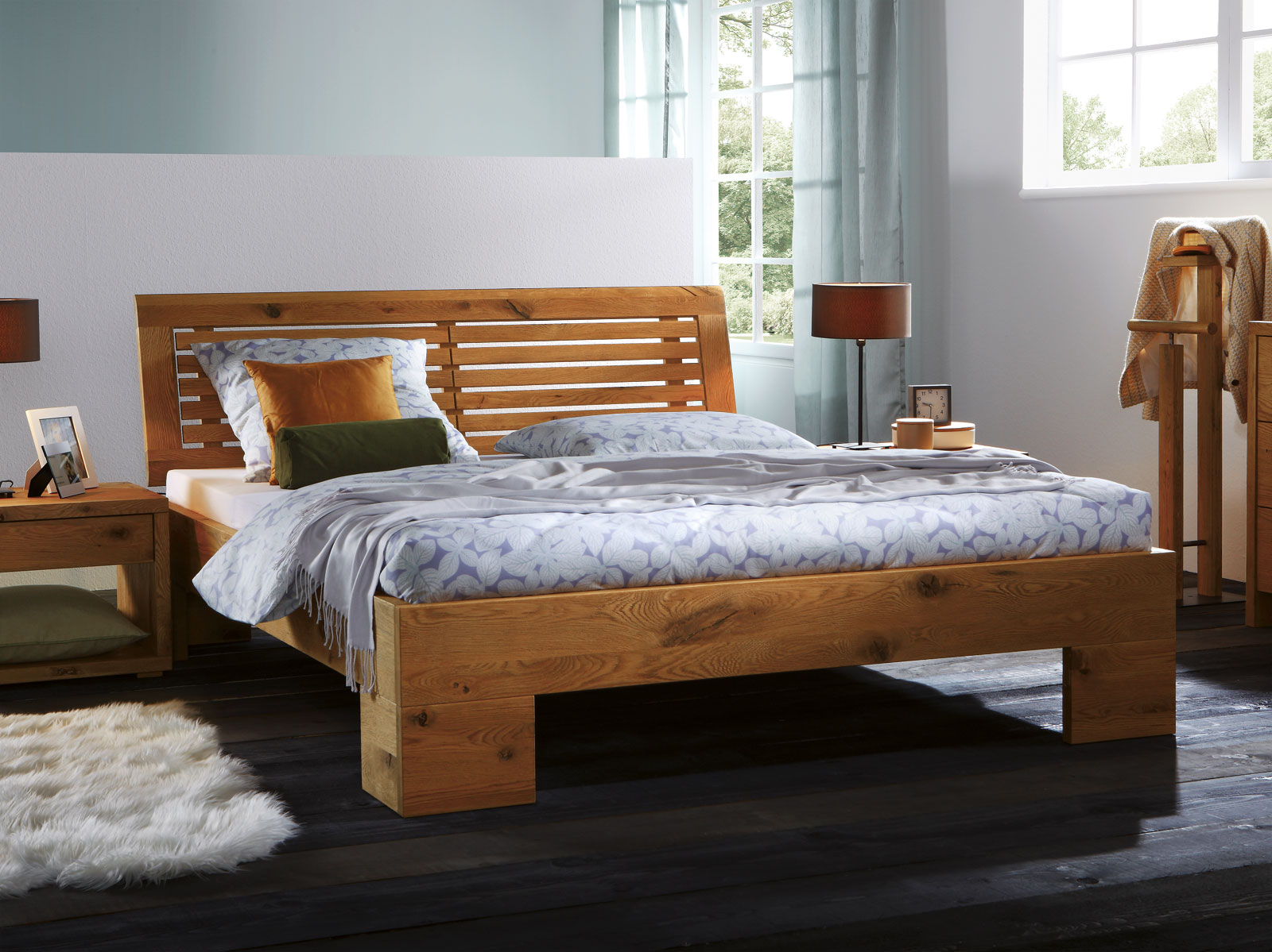 sam massiv holzbett jessica in wildeiche ge lt bett mit. Black Bedroom Furniture Sets. Home Design Ideas