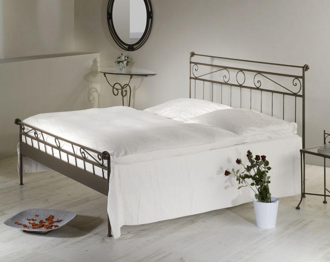 geschmiedetes metallbett z b 90x200 cm in wei merlo. Black Bedroom Furniture Sets. Home Design Ideas