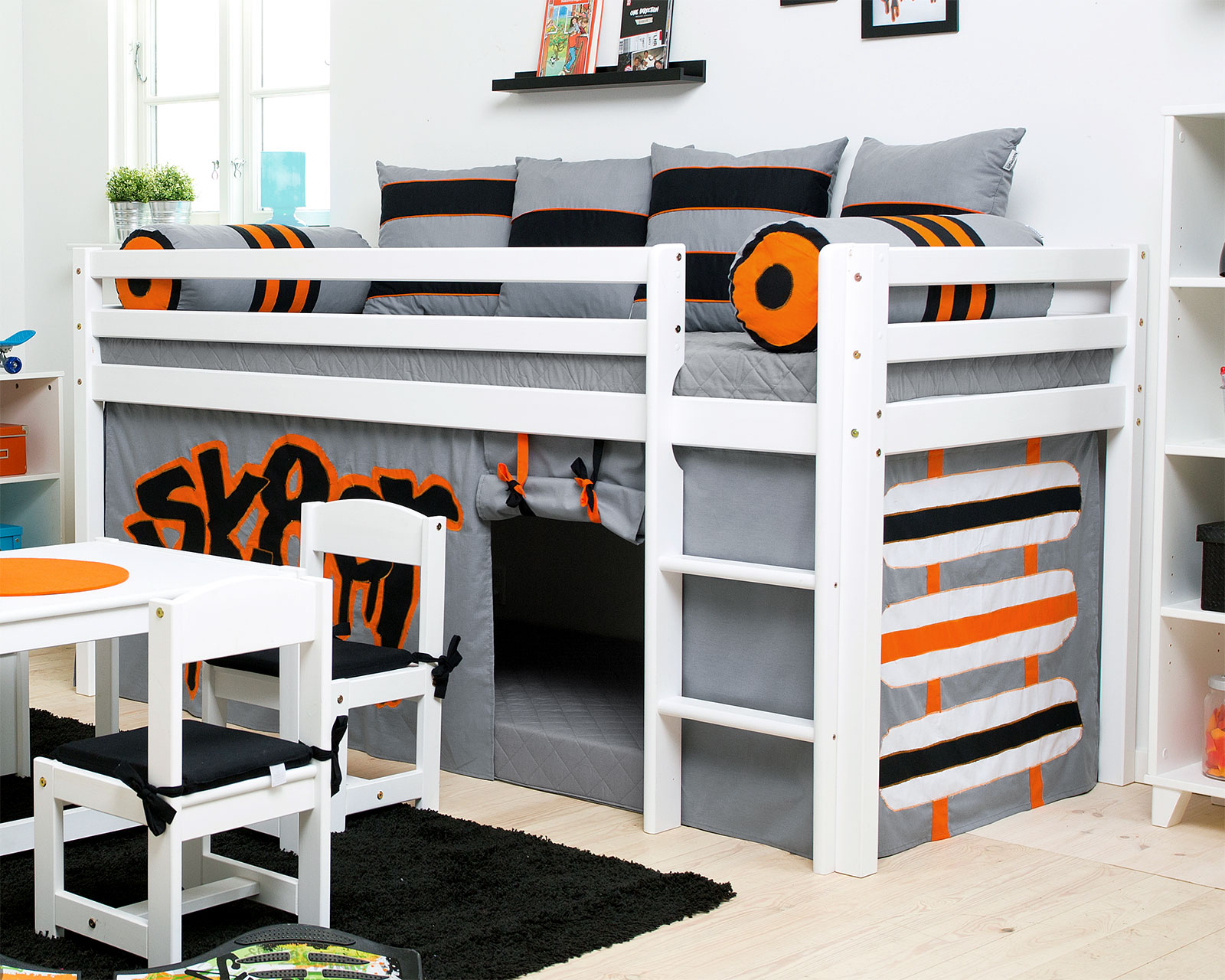 hochbett f r jungs lilashouse. Black Bedroom Furniture Sets. Home Design Ideas