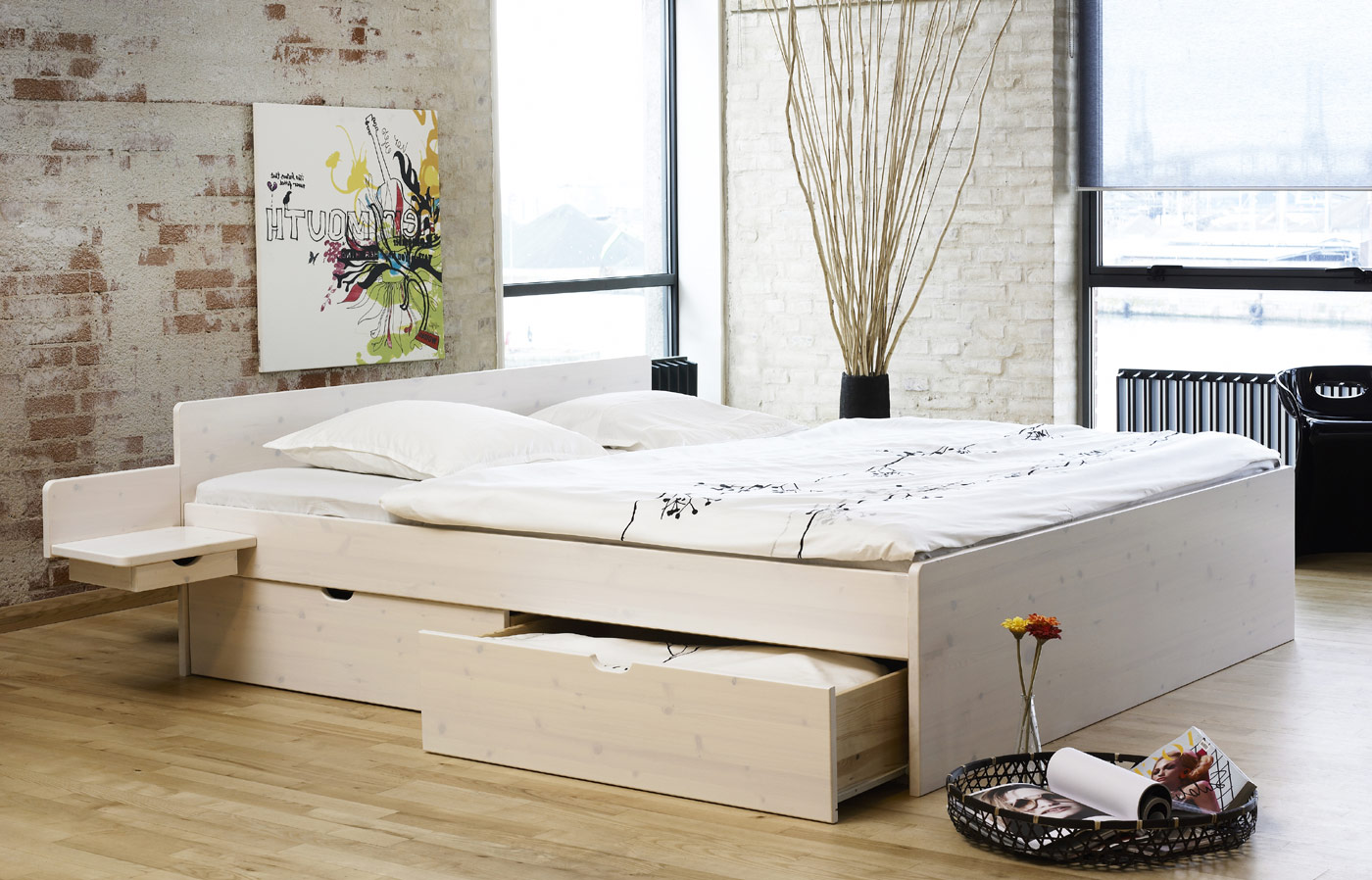 pin mit schubladen 100x200 wei kolonial holzbett kiefer. Black Bedroom Furniture Sets. Home Design Ideas
