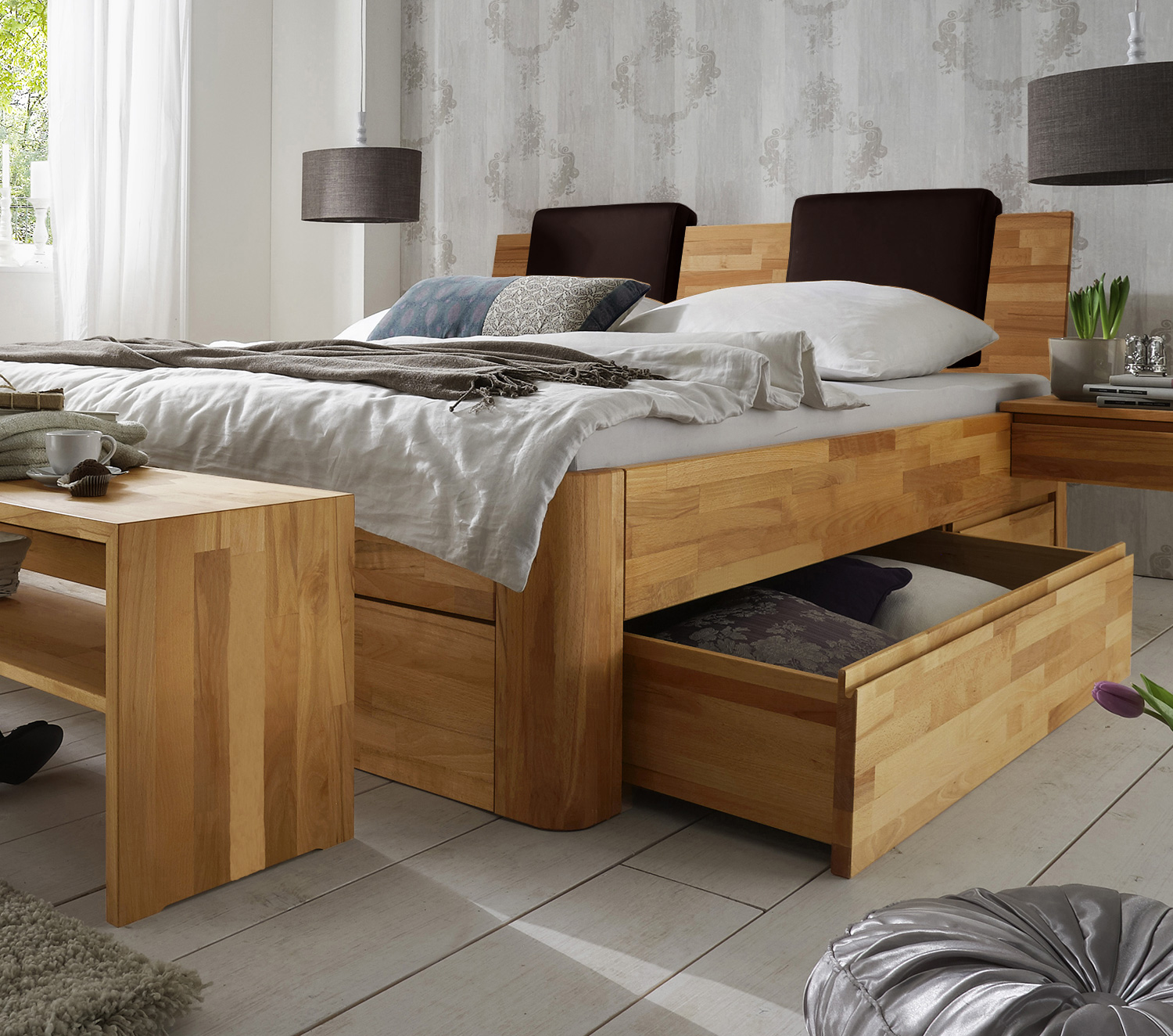 massivholz doppelbett mit bettkasten zarbo. Black Bedroom Furniture Sets. Home Design Ideas