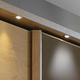 Schwebetüren-Kleiderschrank Quebo mit LED Beleuchtung