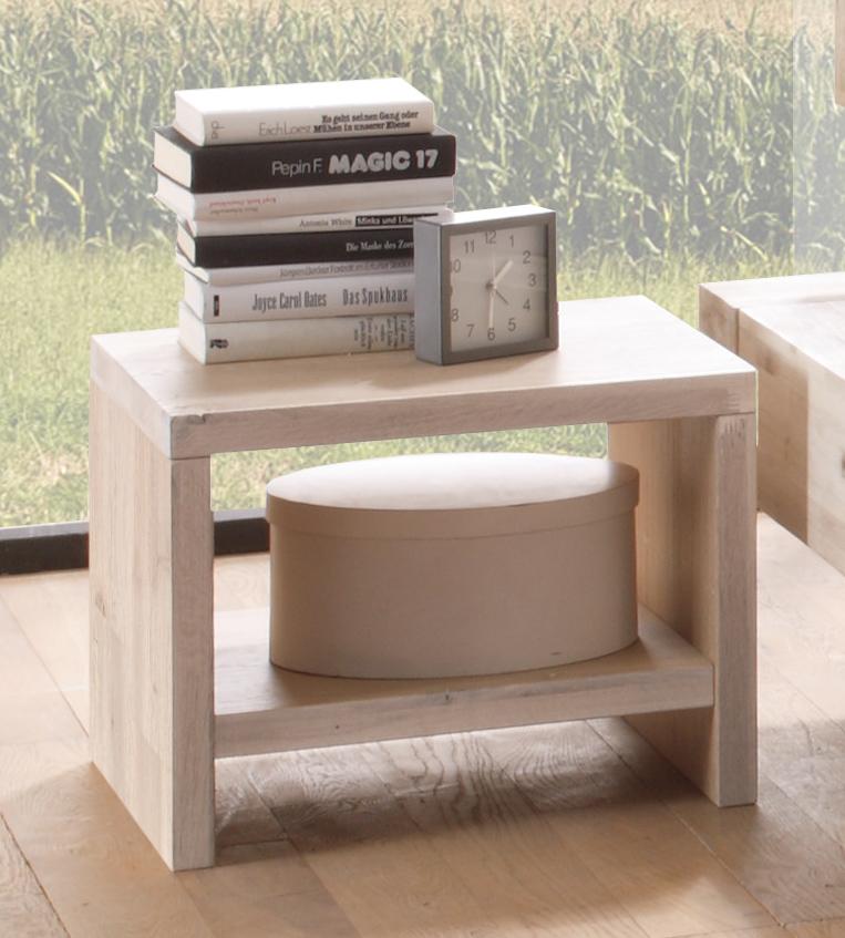 nachttisch aus geb rstetem akazienholz sizilien. Black Bedroom Furniture Sets. Home Design Ideas