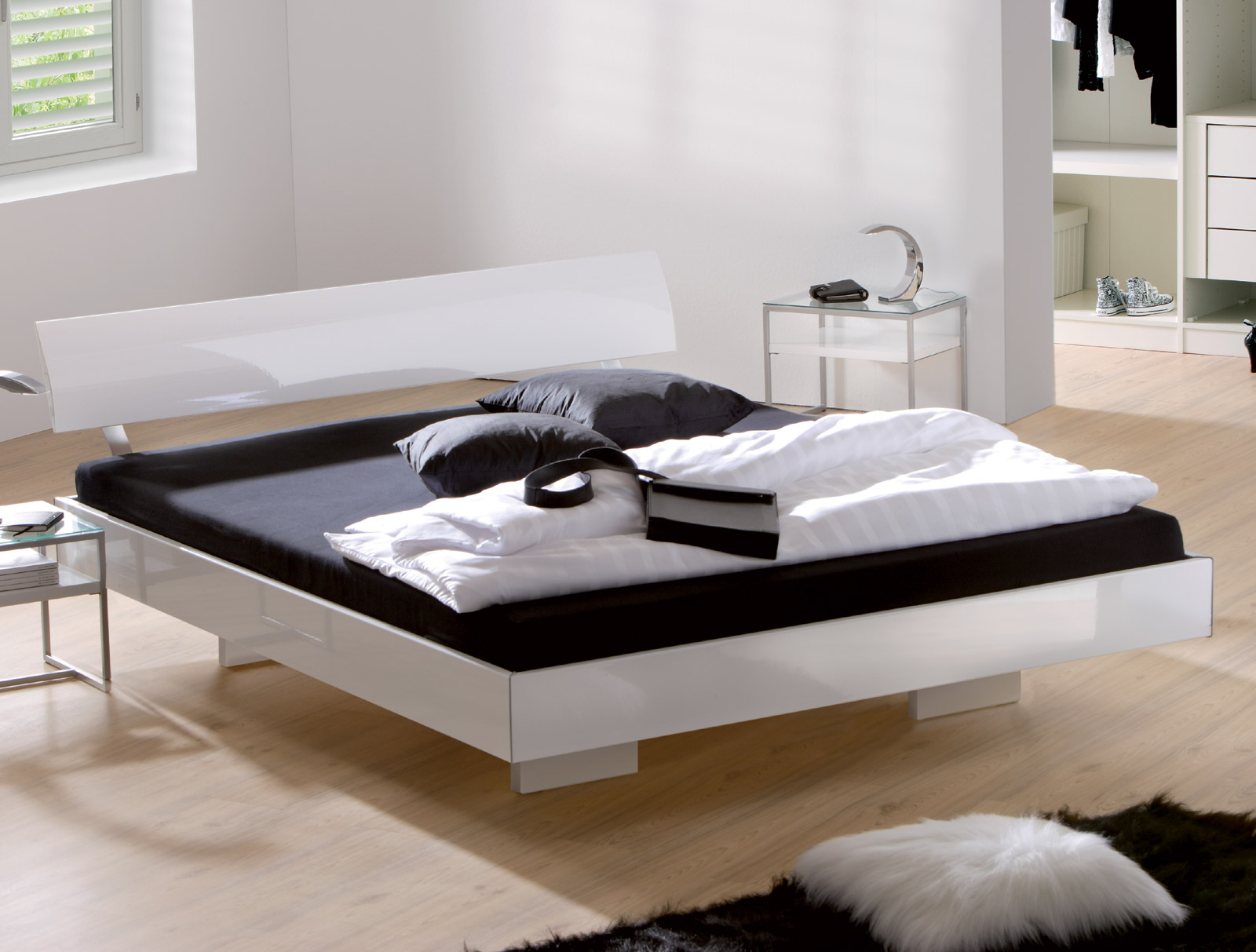 edles hochglanz bett z b in wei 140x200 cm timeless. Black Bedroom Furniture Sets. Home Design Ideas