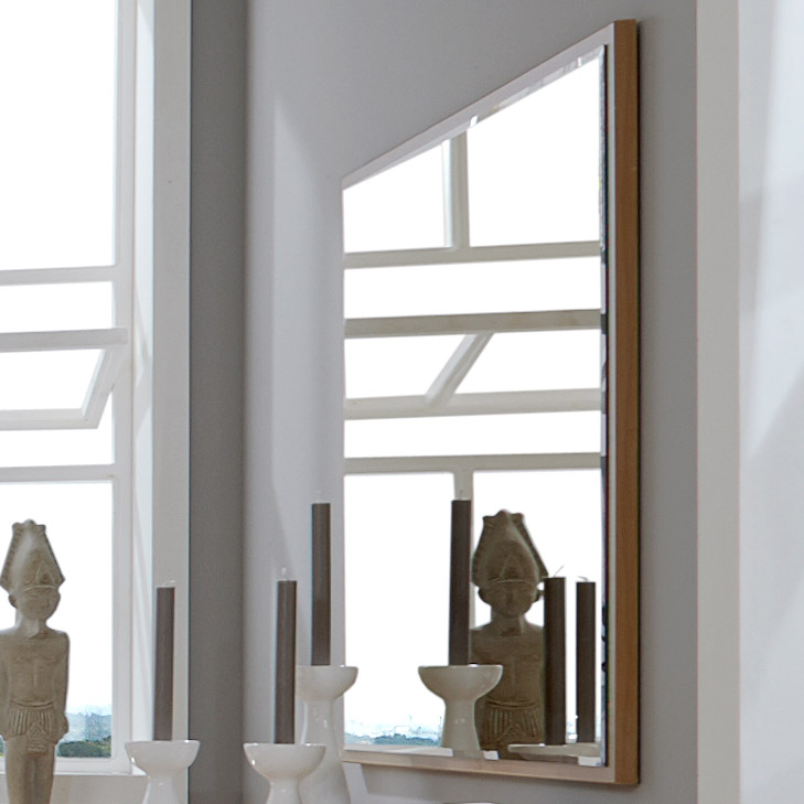 wandspiegel mit erle holzrahmen f r schlafzimmer trikomo. Black Bedroom Furniture Sets. Home Design Ideas