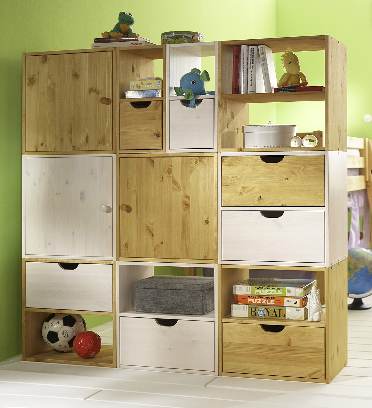 kids paradise w rfelregal f r das kinderzimmer. Black Bedroom Furniture Sets. Home Design Ideas