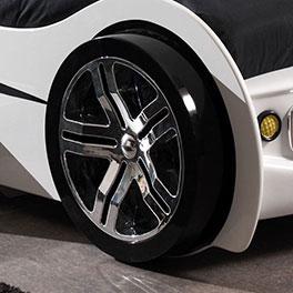 Autobett Drift weiß mit Alufelgen-Nachbildung
