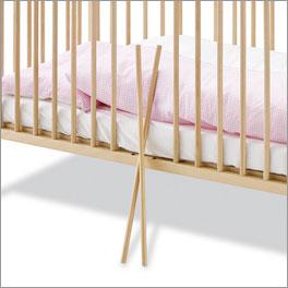 Babybett Hanna aus kindgerechten Materialien