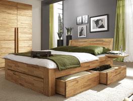 Bett Andalucia aus Massivholz mit viel Stauraum