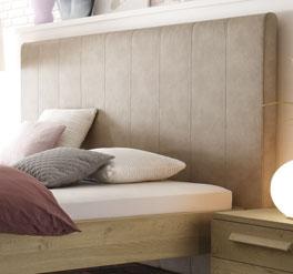 Bett Banco mit hohem Kopfteil aus Kunstleder