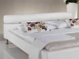 Bett Cambridge mit komfortablem Nackenrollen-Kopfteil