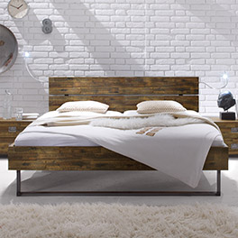 Rustikales Bett Konna aus Massivholz