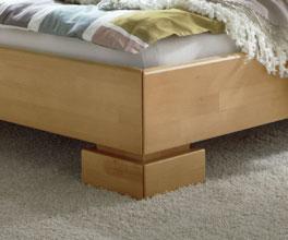 Bett Lima mit stabilen Holzfüßen