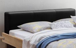 Bett Logia mit Kopfteil aus schwarzem Kunstleder