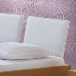 Bett London aus Naturholz mit Kunstleder Kopfteil