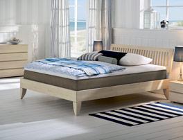 Bett Nias mit einer Liegefläche von 140/200cm