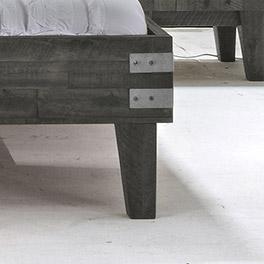 Fuss vom Bett Paraiso aus Echtholz
