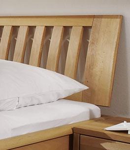 Bett Tarragona mit 90cm Holz-Sprossenkopfteil