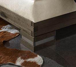 Boxspringbett Cesarino mit modernen Massivholz-Füßen