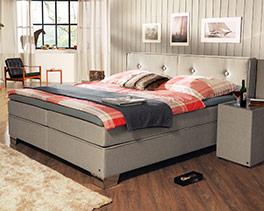 Boxspringbett Tom Tailor Soft Sandfarben mit passendem Nachttisch