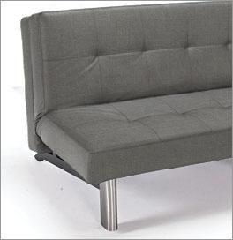 Couch Kenway mit Füßen im modernen Design