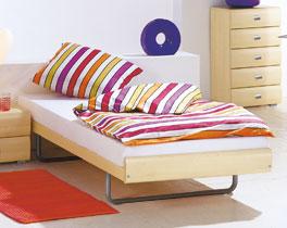 Stabiles Dekorbett Celaya für Ihr Gästezimmer
