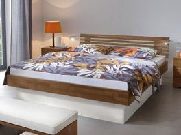 Das Doppelbett Grosseto mit Bettkasten für Stauraum