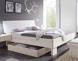 Modernes Doppelbett Nemea aus Massivholz