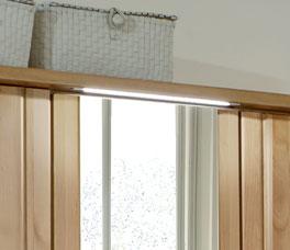 Moderner Drehtüren-Kleiderschrank Ageo mit Beleuchtung