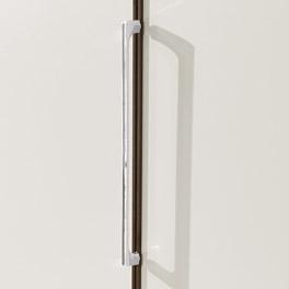 Stabiler Drehtüren-Kleiderschrank Akola mit modernen Metallgriffen