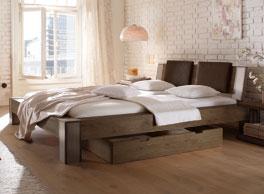 Bett Mallero aus Massivholz und Stahl in der Größe 120x200cm