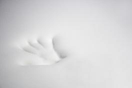 Handabdruck im Viscoschaumtopper