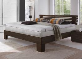 Das Boxspring-Holzbett Sardinien aus Buche ist sehr hochwertig