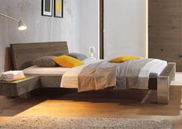 Holzbett Liro in 160x200cm als Einzel- und Doppelbett erhältlich